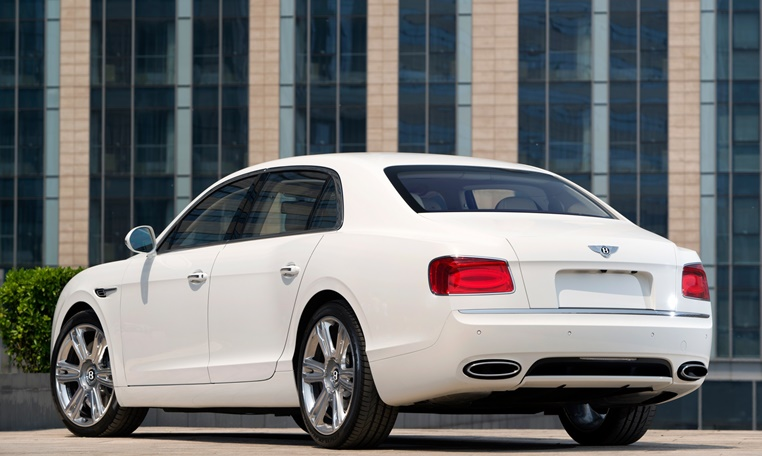 Bentley Flying Spur Hire in dubai