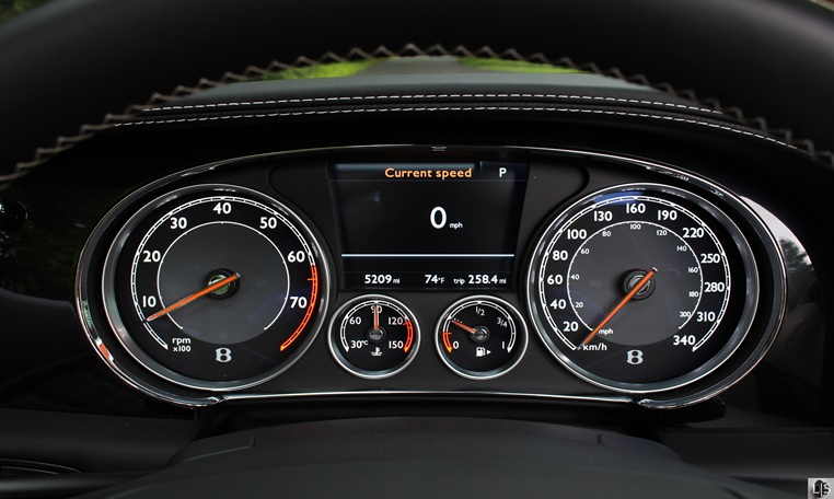 bentley gt v8 speciale rental in Abu Dhabi, bentley rental in Abu Dhabi