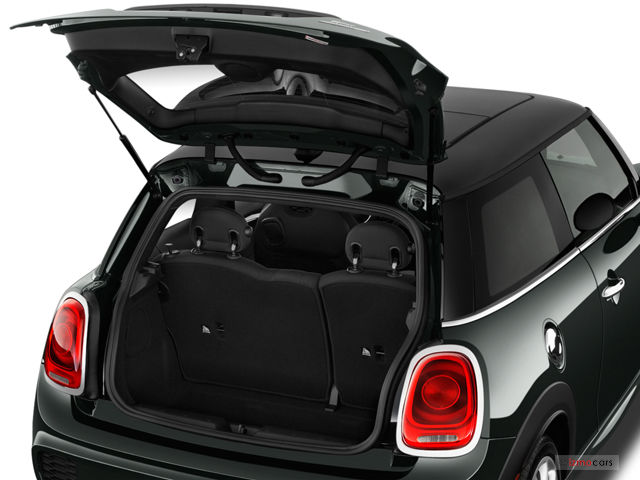 bmw Mini Cooper car rental in dubai