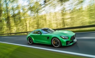 mercedes amg gtr car rental in dubai