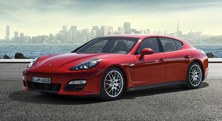 porsche-panamera-gts-car-rental-in-dubai